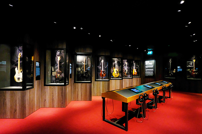 Exhibitionism-4