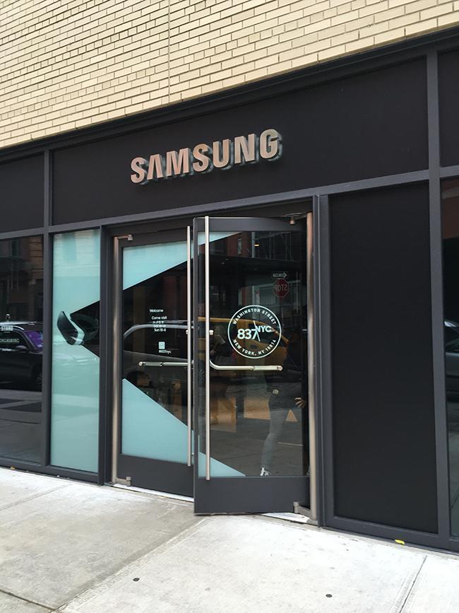 samsung-837-exterior